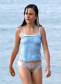 young sexy cameltoe